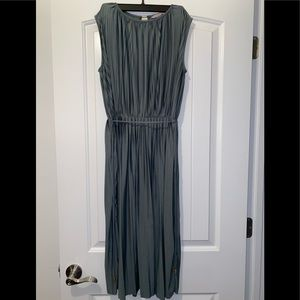 H&M Flowing Pleated Dress